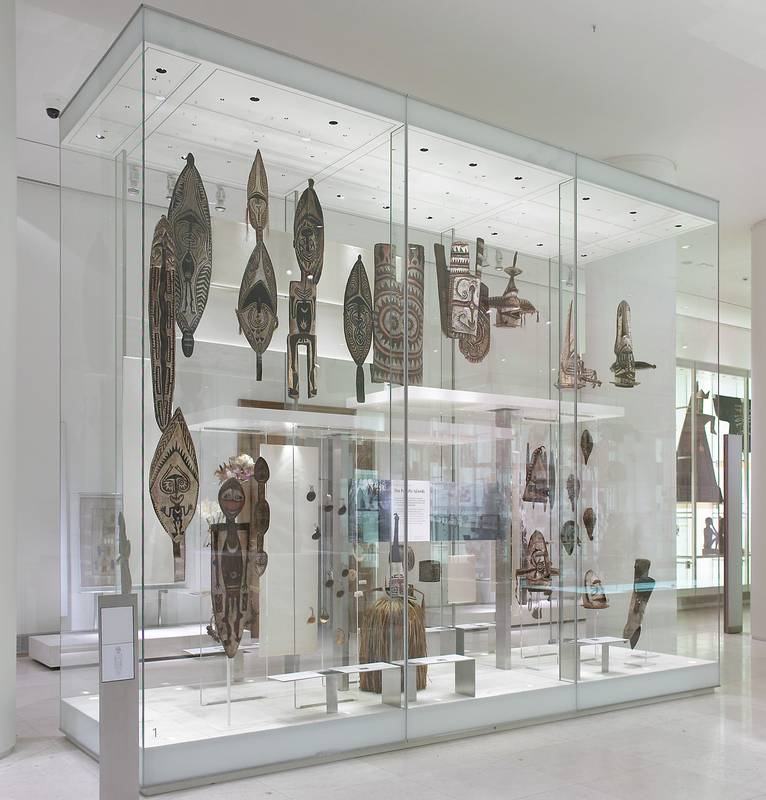 Exhibition Display Cabinets : Overview glasbau hahn